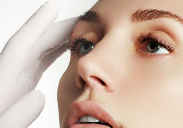 鼻の整形の修正