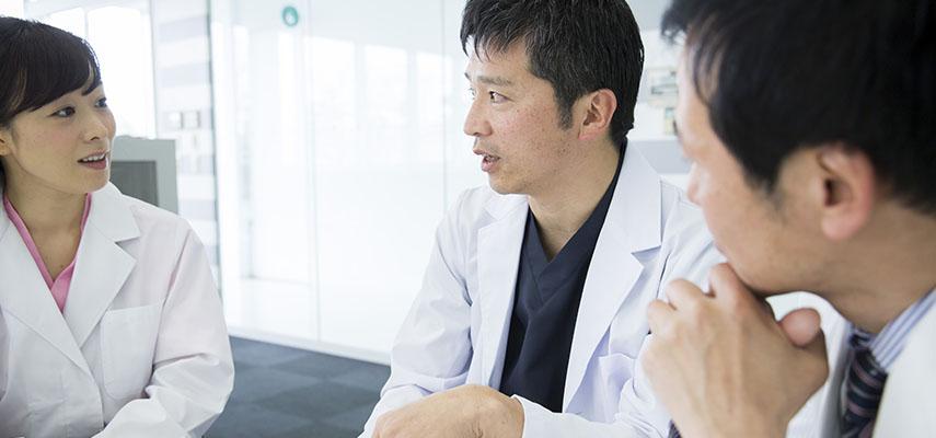 ヒアルロン酸注射の医師